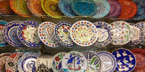 Ornamental turkish plates, Grand Bazaar, Istanbul, Turkey